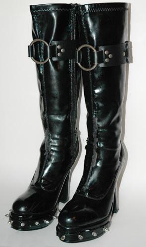 vinyl-boots-goth-diy-6324