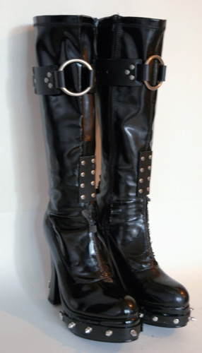 DIY – How to make gothic boots